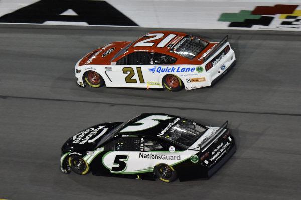 #5: Kyle Larson, Hendrick Motorsports, Chevrolet Camaro NationsGuard #21: Matt DiBenedetto, Wood Brothers Racing, Ford Mustang Motorcraft/Quick Lane
