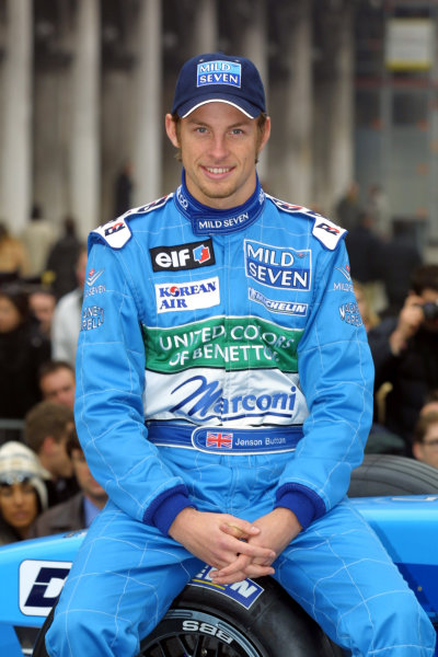 Venice, Italy. 6th February 2001.The Benetton team launch their 2001 Formula One challanger, the Benetton Renault B201.Jenson Button.World Copyright: Clive Rose / LAT Photographicref: 9 mb digital image.