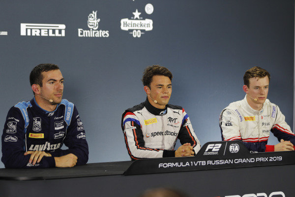 Nicholas Latifi (CAN, DAMS), pole winner Nyck De Vries (NLD, ART GRAND PRIX), and Callum Ilott (GBR, SAUBER JUNIOR TEAM BY CHAROUZ) in the qualifying press conference