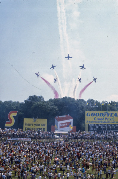 The Red Arrows entertain the fans before the race.