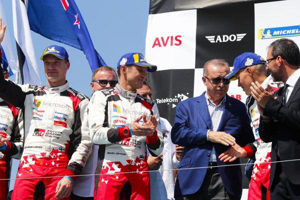 Ott Tänak, Jari-Matti Latvala Toyota Gazoo Racing, Toyota Yaris WRC 2018, with Recep Tayyip Erdoğan, President of Turkey