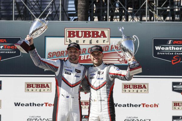 #912 Porsche GT Team Porsche 911 RSR, GTLM: Earl Bamber, Laurens Vanthoor, podium