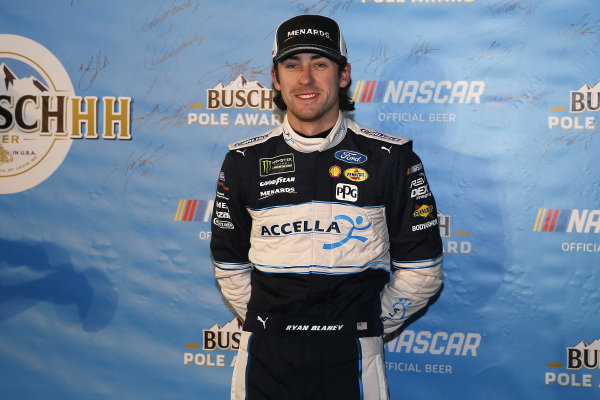 #12: Ryan Blaney, Team Penske, Ford Fusion Accella/Carlisle pole award