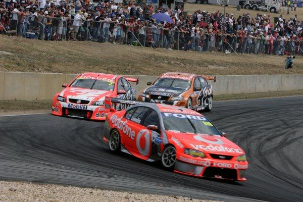 The Triple Eight Racing V8 Supercar of Craig Lowndes during the Falken Tasmania Challenge, Round 13 of the Australian V8 Supercar Championship Series at Symmons Plains Raceway, Launceston. Nov 16-18, 2007.