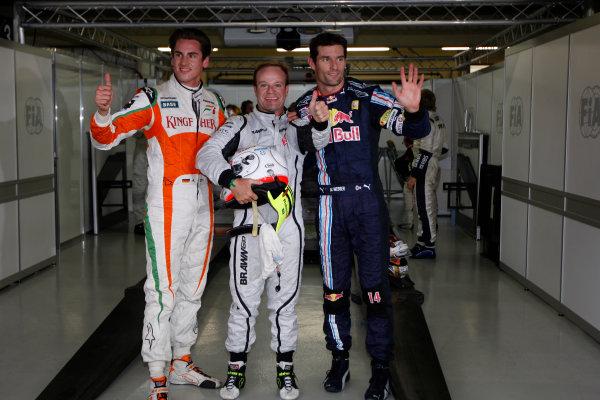 Interlagos, Sao Paulo, Brazil. 17th October 2009. Top three qualifiers Rubens Barrichello, Brawn GP BGP001 Mercedes, Mark Webber, Red Bull Racing RB5 Renault, and Adrian Sutil, Force India VJM 02 Mercedes. Portrait. Photo: Glenn Dunbar/LAT Photographic  ref: Digital Image _3GD6781