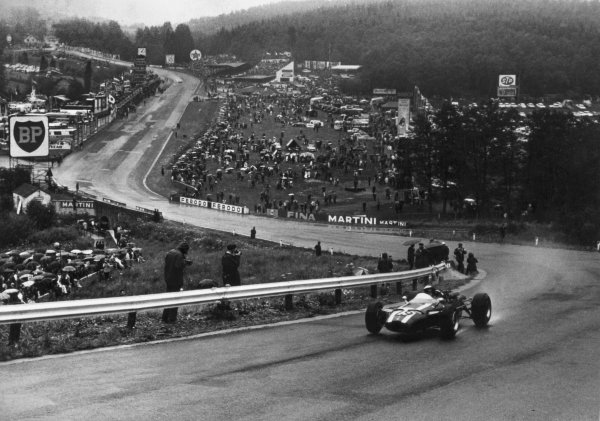 Spa-Francorchamps, Belgium. 12th June 1966.Jochen Rindt (Cooper T81-Maserati), 2nd position, action.World Copyright: LAT Photographic.Ref: b&w print.