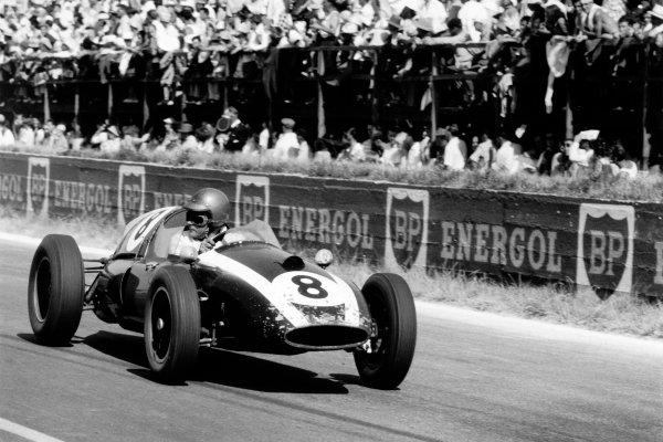Reims, France. 5 July 1959.Jack Brabham, Cooper T51-Climax, 3rd position.World Copyright: LAT PhotographicRef: Autosport b&w print. Published: Autosport, 10/7/1959 p47
