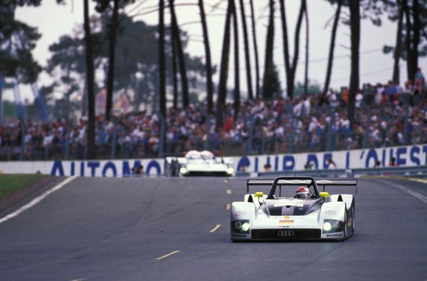 Rinaldo Capello (ITA) / Michele Alboreto (ITA) / Laurent Aiello (FRA) Audi R8R finished in 4th place. Le Mans 24 Hours, Le Mans, France, 12-13 June 1999. BEST IMAGE