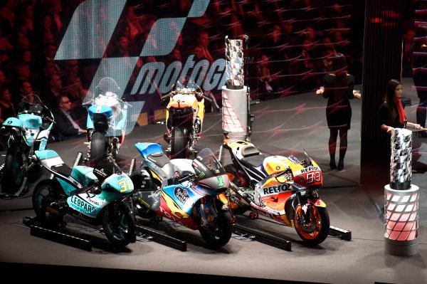 2017 MotoGP Championship - Round 18 Valencia, Spain  Sunday 12 November 2017 Championship bikes  World Copyright: Gold and Goose Photography/LAT Images  ref: Digital Image 706768