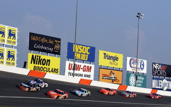 Twenty-eighth placed Jerry Nadeau (USA) Valvoline Pontiac leads the field.