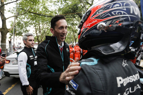 James Barclay, Team Director, Panasonic Jaguar Racing congratulates Mitch Evans (NZL), Panasonic Jaguar Racing, Jaguar I-Type 3 on 2nd position