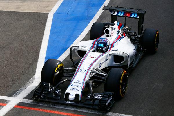 Silverstone, Northamptonshire, UK. Wednesday 13 July 2016. Valtteri Bottas, Williams FW38 Mercedes tests an unsual rear wing. World Copyright: Zak Mauger/LAT Photographic ref: Digital Image _L0U8535