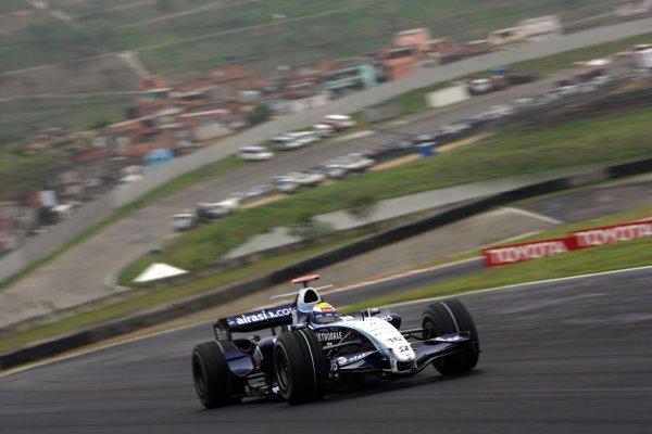 2007 Brazilian Grand Prix - Friday PracticeInterlagos, Sao Paulo, Brazil19th October 2007.Nico Rosberg, Williams FW29 Toyota. Action. World Copyright: Glenn Dunbar/LAT Photographicref: Digital Image ZP9O1536