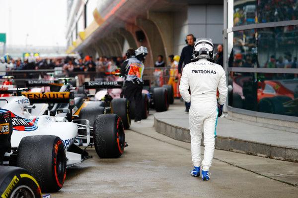 Shanghai International Circuit, Shanghai, China.  Sunday 09 April 2017.  Valtteri Bottas, Mercedes AMG, arrives in Parc Ferme after the race. World Copyright: Steven Tee/LAT Images  ref: Digital Image _R3I5659