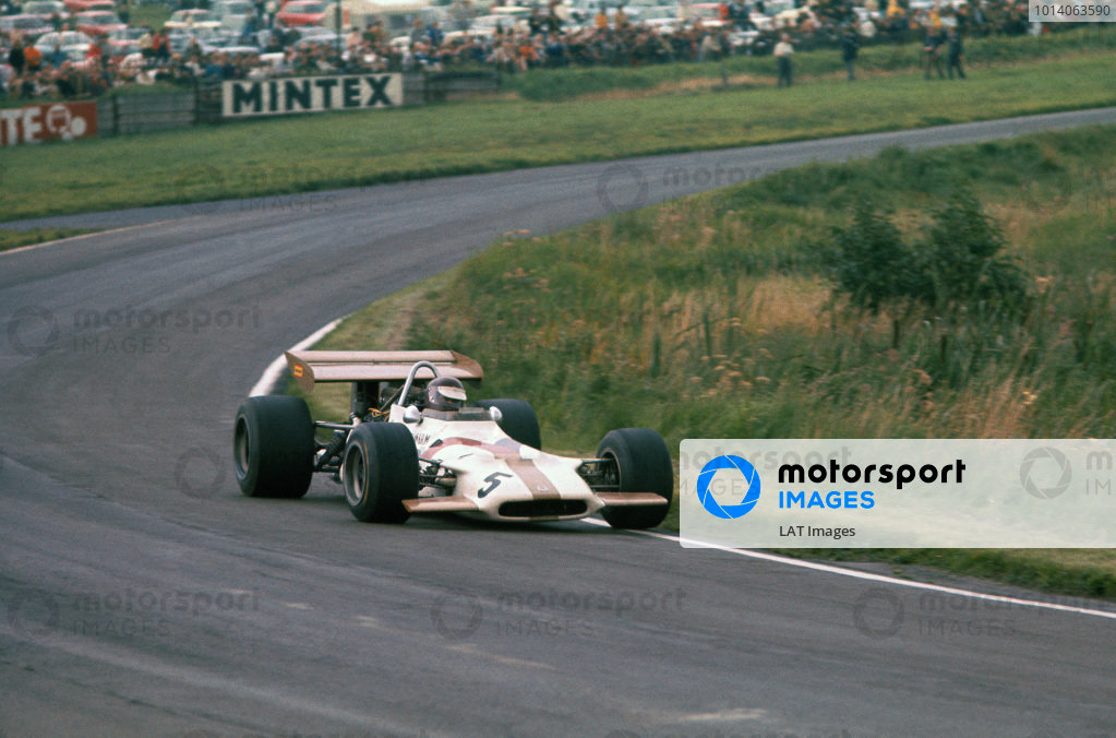 1970 International Gold Cup.  Oulton Park, Cheshire, England. 22nd August 1970.  Jackie Oliver, BRM P153.  Ref: 70GC05. World Copyright: LAT Photographic