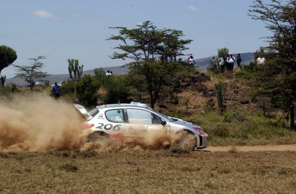 2002 World Rally Championship.Safari Rally, Nairobi Kenya, July 11-14th.Richard Burns during shakedown.Photo: Ralph Hardwick/LAT