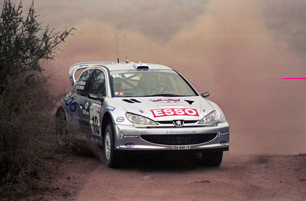 Marcus Gronholm in action in the Peugeot 206 WRC.Argentina Rally 2000.Photo:McKlein/LAT