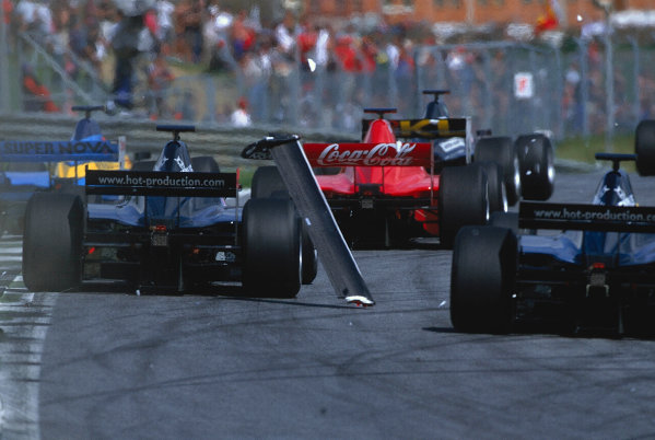2002 F3000 ChampionshipA1-Ring, Austria. 11th May 2002.At the start of the race, both Ricardo Mauricio (Red Bul Jnr) and Ryan Briscoe (Nordic Racing) loose their rear wings.World Copyright: Charles Coates/LAT Photographicref: 35mm Image A08