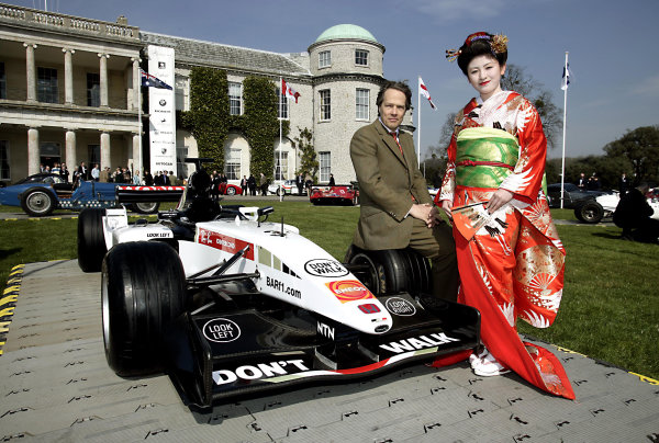 2005 Goodwood Festival of Speed Press DayGoodwood, England. 16th March 2005Lord MArch with a BAR Honda 007 and Japanese lady.World Copyright: Gary Hawkins/LAT Photographicref: Digital Image Only