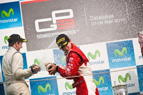 Circuit de Catalunya, Spain. 9th May 2010. Sunday Race. Alexander Rossi (USA, ART Grand Prix) celebrates victory on the podium with Lucas Foresti, (BRA, Carlin).Portrait. Photo: Drew Gibson/GP3 Media Service. Digital Image _Y9E0266
