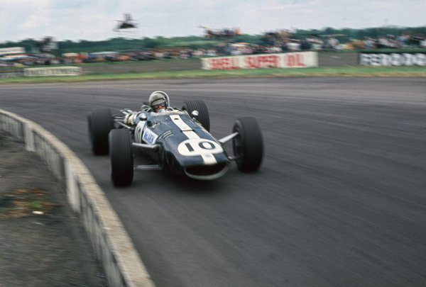 Silverstone, England. 13th-15th July 1967.  Bruce McLaren (Eagle T1G Weslake) retired.  Ref: 67GB05. World Copyright: LAT Photographic