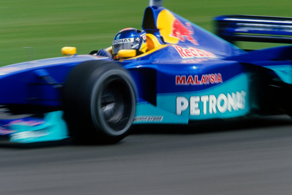 Silverstone, England.9th - 11th July 1999. Rd 8.xxxWorld Copyright: LAT PhotographicRef: 99GB32