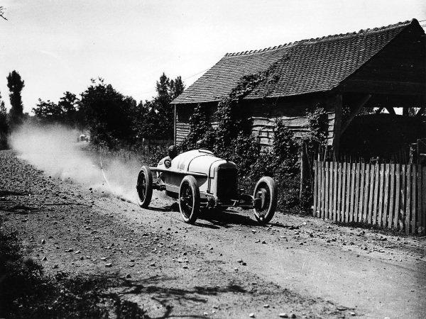 Le Mans, France. 25th July 1921. Jimmy Murphy (Duesenberg), 1st position, action.  World Copyright - LAT Photographic