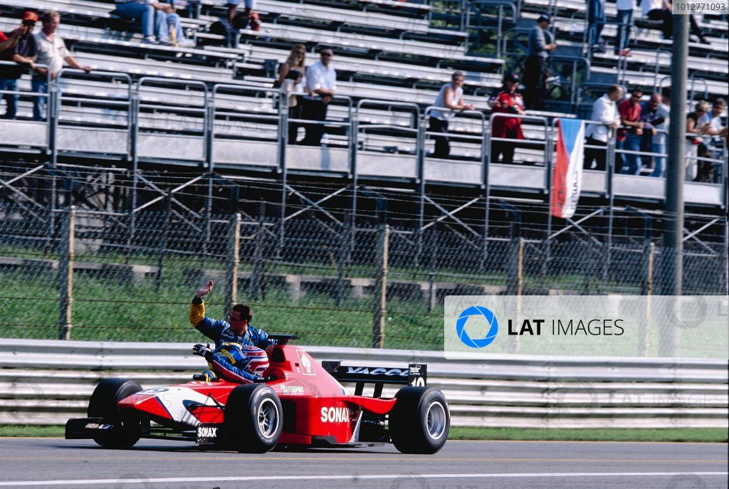 2002 International F3000