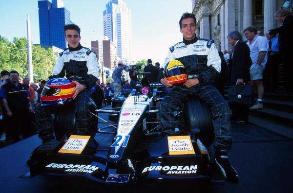 Fernando Alonso and Tarso Marques with the Minardi PS01