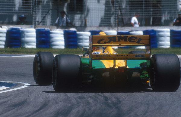 1992 Australian Grand Prix.Adelaide, Australia.6-8 November 1992.Michael Schumacher (Benetton B192 Ford) 2nd position.Ref-92 AUS 32.World Copyright - LAT Photographic