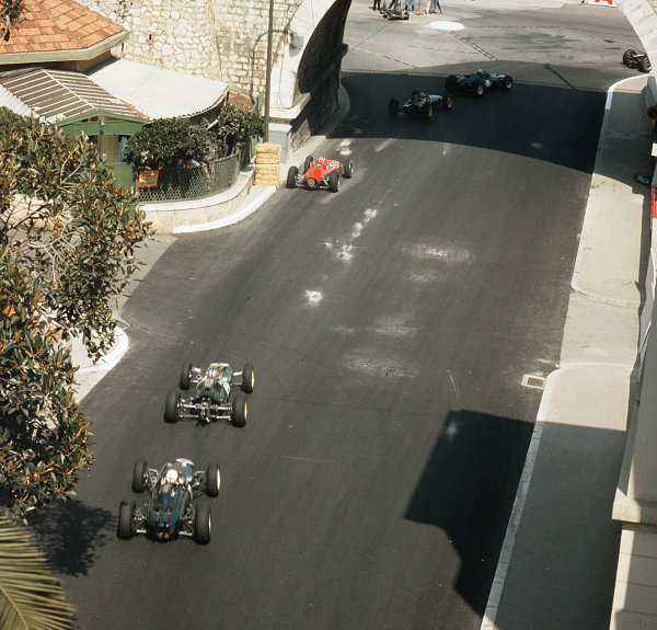 Monte Carlo, Monaco.23-26 May 1963.The field enters Portier.Ref-3/0927.World Copyright - LAT Photographic