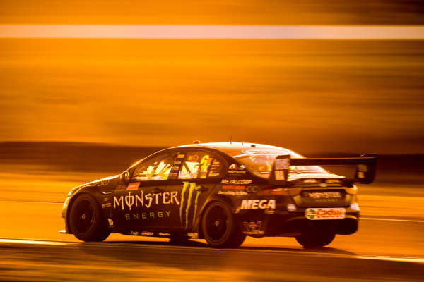 2017 Supercars Championship Round 8.  Ipswich SuperSprint, Queensland Raceway, Queensland, Australia. Friday 28th July to Sunday 30th July 2017. Cameron Waters, Prodrive Racing Australia Ford.  World Copyright: Daniel Kalisz/ LAT Images Ref: Digital Image 290717_VASCR8_DKIMG_10428.jpg