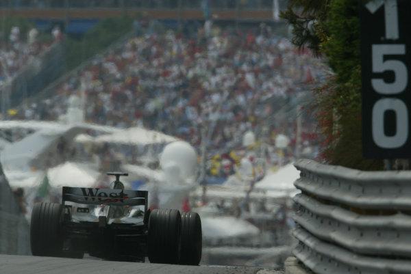 2003 Monaco Grand Prix, Sunday Race,Monte Carlo, Monaco.1st June 2003.Kimi Raikkonen, Team McLaren Mercedes MP4/17D, action.World Copyright LAt Photographic.Digital Image Only.