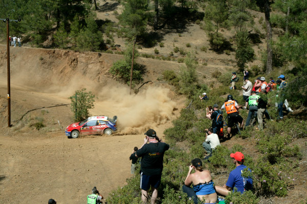 2004 FIA World Rally Champs. Round five, Cyprus Rally.14th- 16th May 2004.Carlos Sainz, Citroen, action.World Copyright: McKlein/LAT