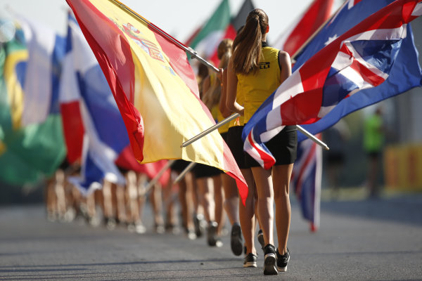 Circuit de Catalunya, Barcelona, Spain. Saturday 9 May 2015. Grid Girls. World Copyright: Charles Coates/LAT Photographic. ref: Digital Image _N7T5844