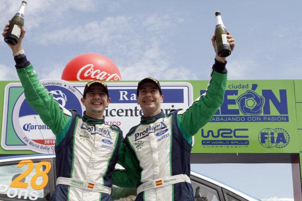 2010 FIA World Rally ChampionshipRound 02Rally Mexico 4-7 Mars 2010Xavier Pons, Ford S2000, PodiumWorldwide Copyright: McKlein/LAT
