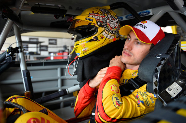 26-28 August, 2016, Brooklyn, Michigan USA Joey Logano (22) ?2016, John Harrelson / LAT Photo USA