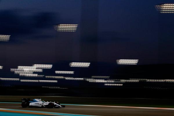 Yas Marina Circuit, Abu Dhabi, United Arab Emirates. Friday 27 November 2015. Felipe Massa, Williams FW37 Mercedes. World Copyright: Charles Coates/LAT Photographic ref: Digital Image _99O7392