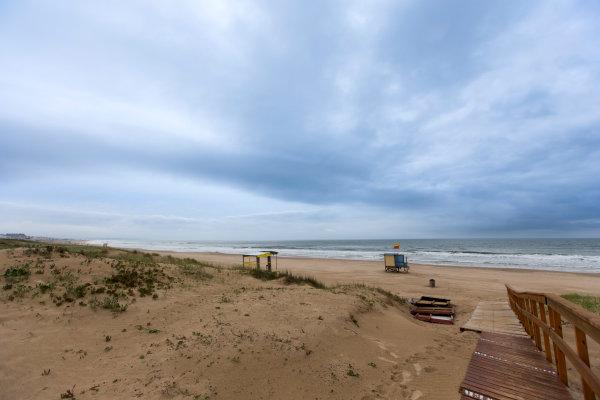 2015/2016 FIA Formula E Championship. Punta del Este ePrix, Punta del Este, Uruguay. Friday 18 December 2015. Playa Brava beach. Photo: Zak Mauger/LAT/Formula E ref: Digital Image _L0U6102