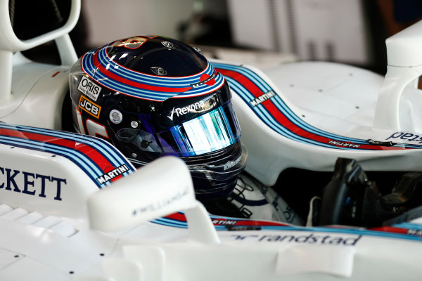 Lance Stroll, Williams Martini Racing, in cockpit.