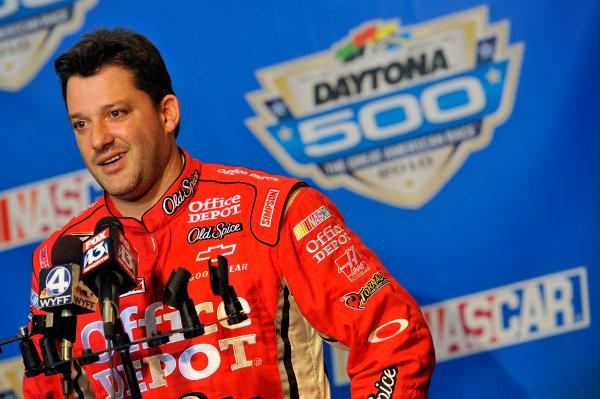 4 February, 2010, Daytona Beach, Florida USATony Stewart© 2010, LAT South, USALAT Photographic