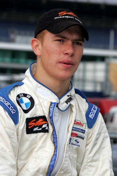 James Sutton (GBR) Fortec. Formula BMW UK Championship, Rockingham, England, 4-5 September 2004. DIGITAL IMAGE.