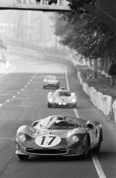Jean Blaton / Pierre Dumay, Ecurie Francorchamps, Ferrari 365 P2/P3.