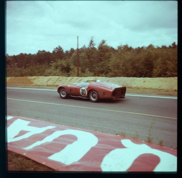 1961 Le Mans 24 hours.Le Mans, France.10-11 June 1961.Olivier Gendebien/Phil Hill (Ferrari TR61), 1st position.Ref-3/0296.World - LAT Photographic