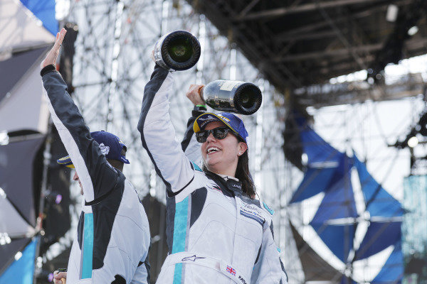 Katherine Legge (GBR), Rahal Letterman Lanigan Racing celebrates victory on the podium