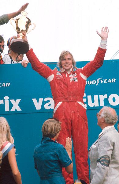 1976 Dutch Grand Prix.Zandvoort, Holland.27-29 August 1976.James Hunt (McLaren Ford) 1st position on the podium.Ref-76 HOL 06.World Copyright - LAT Photographic
