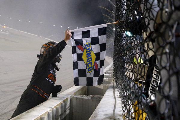 #24: Brett Moffitt, GMS Racing, Chevrolet Silverado Central Plains Cement Company celebrates his win