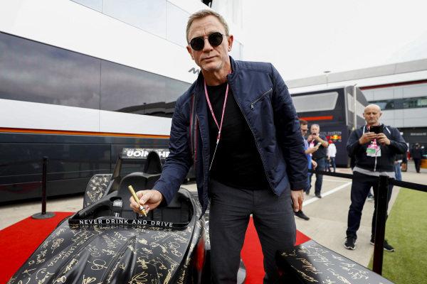Daniel Craig, Actor