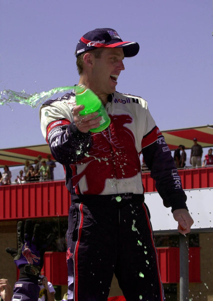 Winner Jeremy Mayfield sprays fans and crew with Gatorade during victory lane celebrations.NAPA Auto Parts 500 at California Speedway, Fontana, California, USA, 30 April,2000.-F Peirce Williams 2000 LAT PHOTOGRAPHIC USA