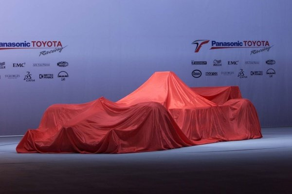 The TF102 before the unveiling.